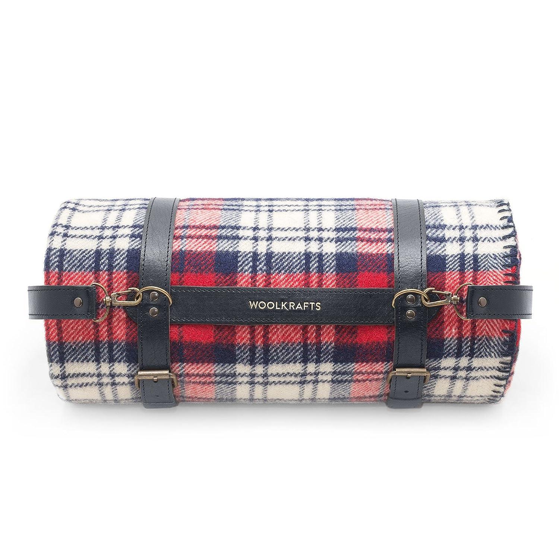 毛布 100。 家庭用とキャンプ用の毛布。 赤ちゃんと子供のための素晴らしい。 ツイン サイズ 140 x 200 温かく洗えるウール毛布です。 フルサイズ ベッド ソファ。 ウールクラフト.Premium Quality Pure Wool Blanket 100 For Home And Camping. Twin Size 140x180 Warm And Washable Throw Plaid For Glamping. Full Size Woolen Bedrolls. Woolkrafts (with leather holder, Red/White) B01LCWYZFK with leather holder|Red/White Red/White with leather holder