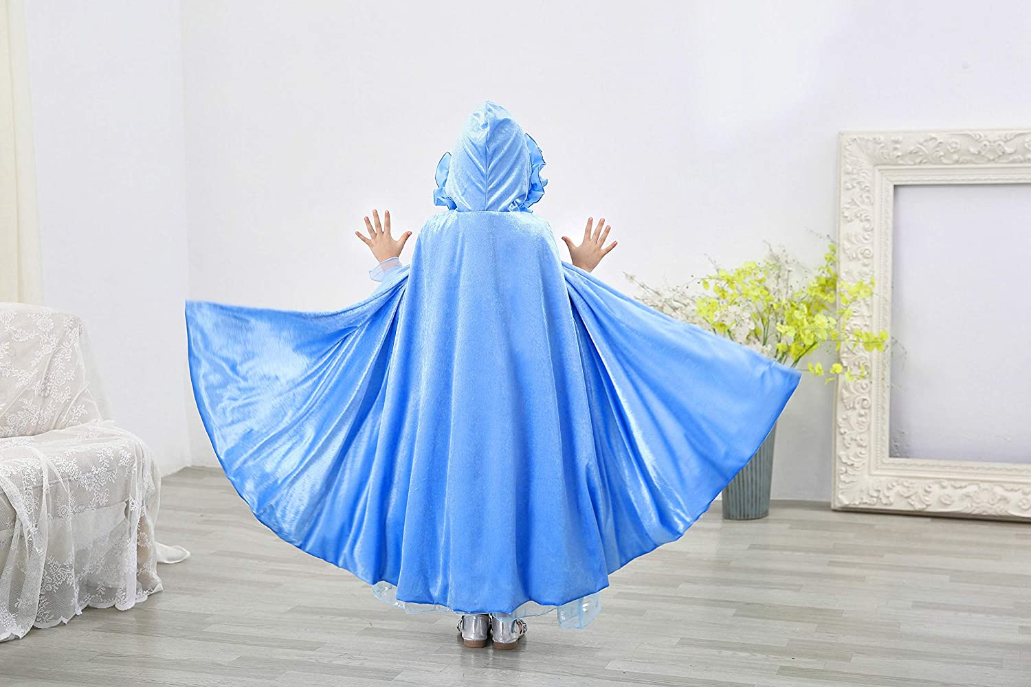 Bankids Princess Cape Christmas Princess Hooded Long Cape Cloak Costume for Girls Dress Up 3-12Years