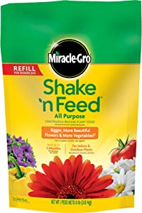 Miracle-Gro 110570 Shake 'n Feed All-Purpose Continuous Release Plant Food, 10-10-10, 8-Pound Bag