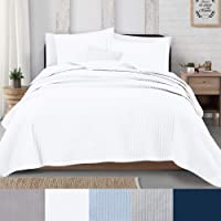 Great Bay Home 3-Piece Detailed Channel Stitch Quilt Set with Shams. White Full/Queen Quilt Set, All Season Bedspread Quilt Set, Alicia Collection (Full/Queen, White)