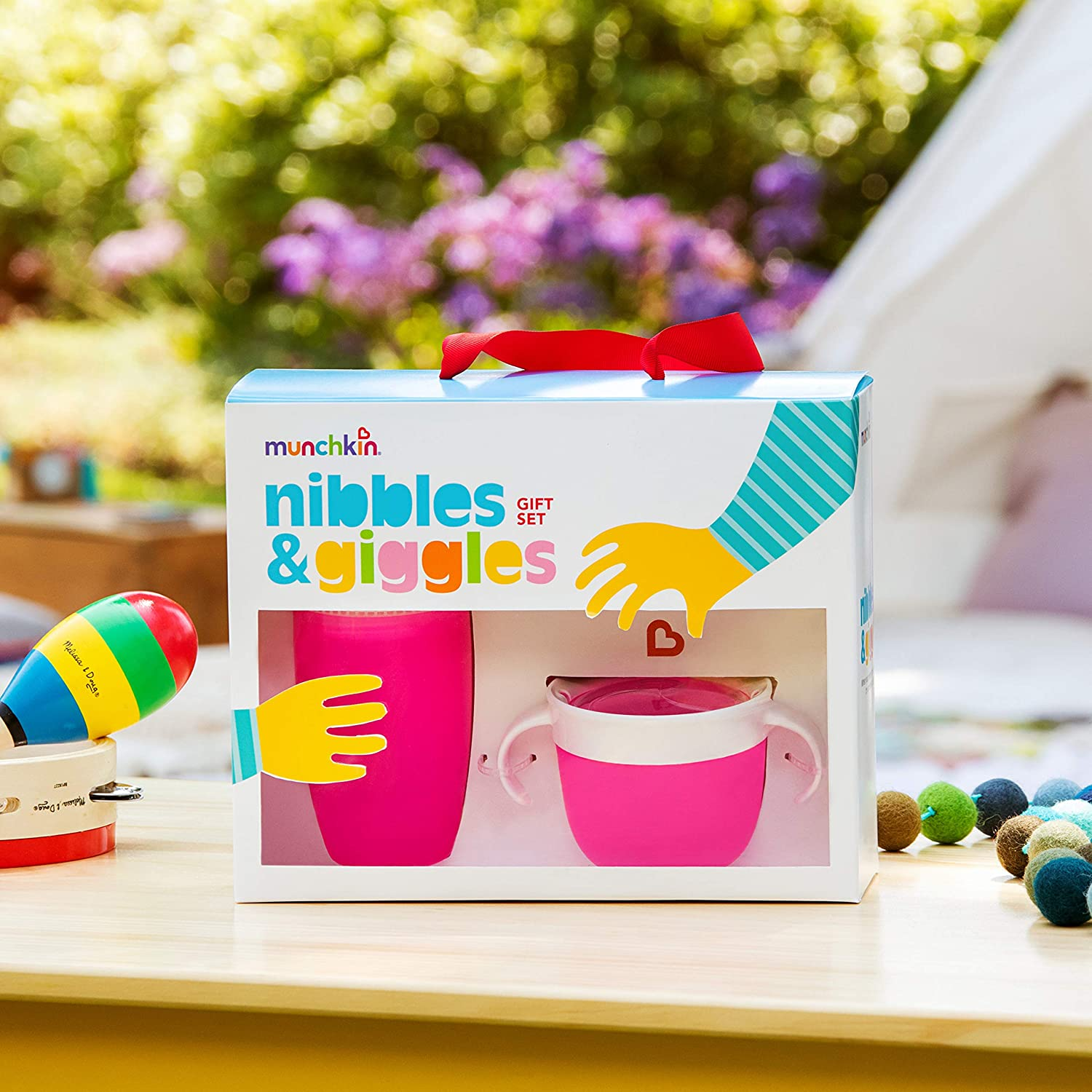 Munchkin Nibbles /& Giggles Toddler Gift Set Pink Includes 10oz Miracle 360 Cup and Snack Catcher