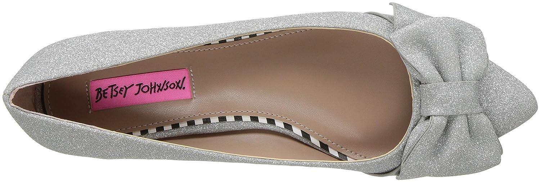 Betsey Johnson Women's Cindi Pointed Toe US|Silver Flat B072MSHGGD 9.5 B(M) US|Silver Toe 394955