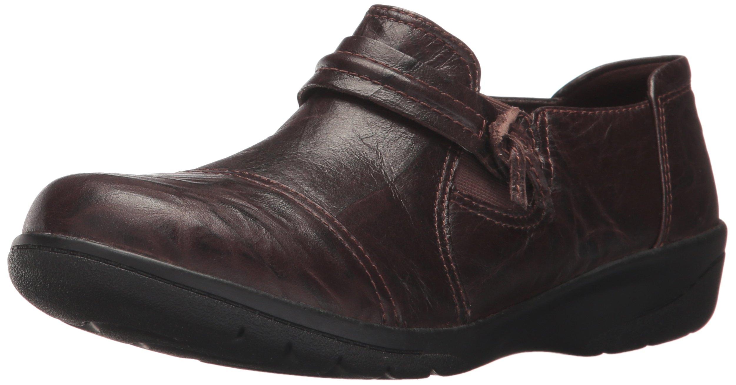 CLARKS Women's Cheyn Madi Slip-On Loafer, Dark Brown Scrunch Leather, 8 M US