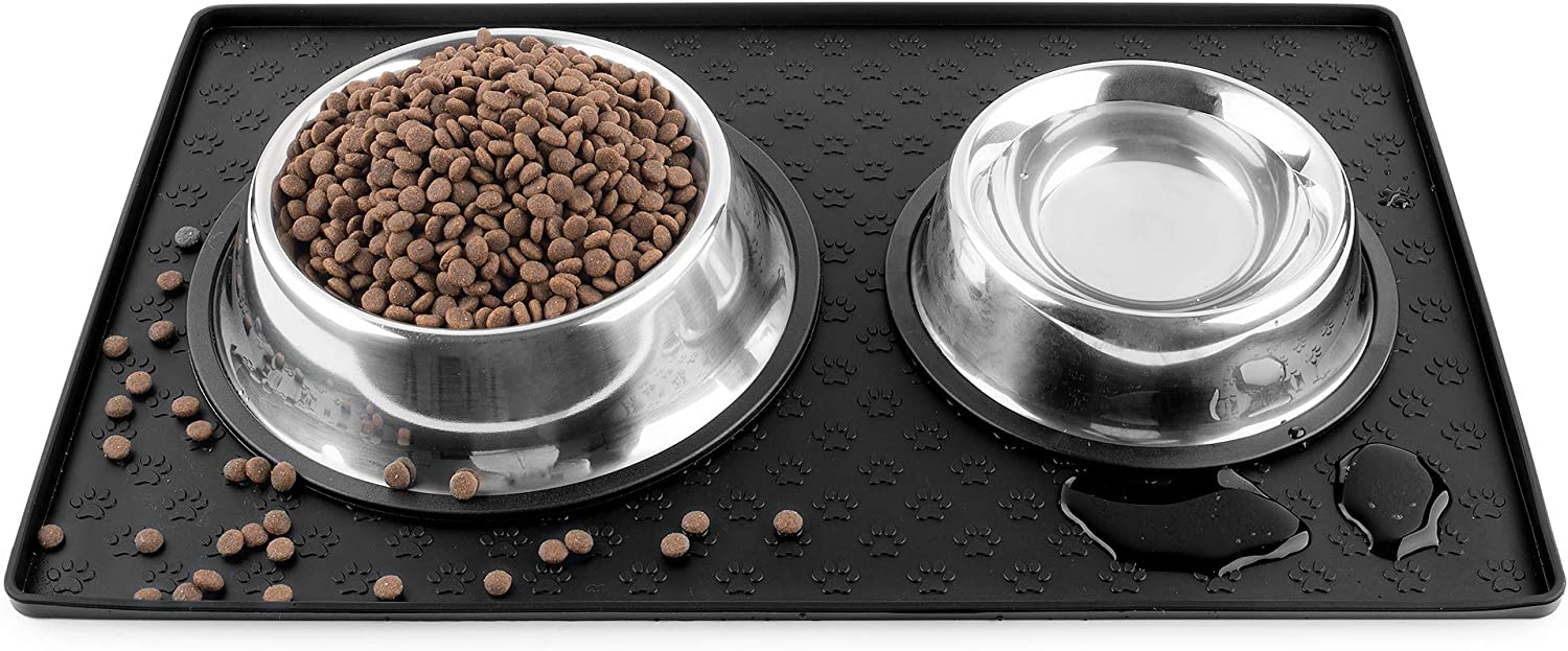 Coomazy Dog Cat Pet Feeding Mat, Silicone Waterproof Dishwasher Safe Food Mat M, L- 0.4inch Raised Edges, Non Slip Bowl Tray to Stop Food Spills and Water Messes Out to Floor (M (18.9