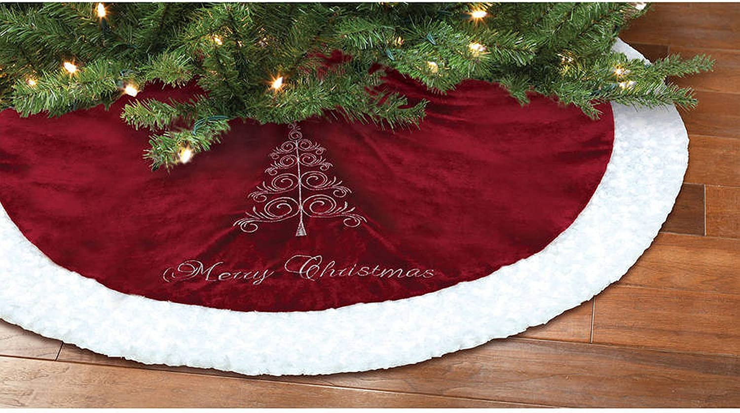 Amazon Com Holiday Time Red And White Merry Christmas Tree Skirt Home Kitchen