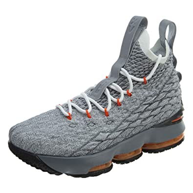 9acbc20718b4 Amazon.com  Nike Youth Lebron 15 Boys Basketball Shoes  Shoes