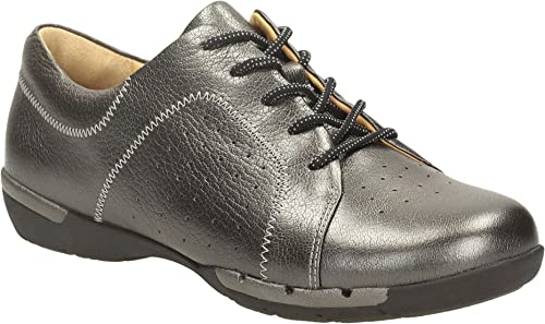 clarks artisan shoes size 7 new in FY4