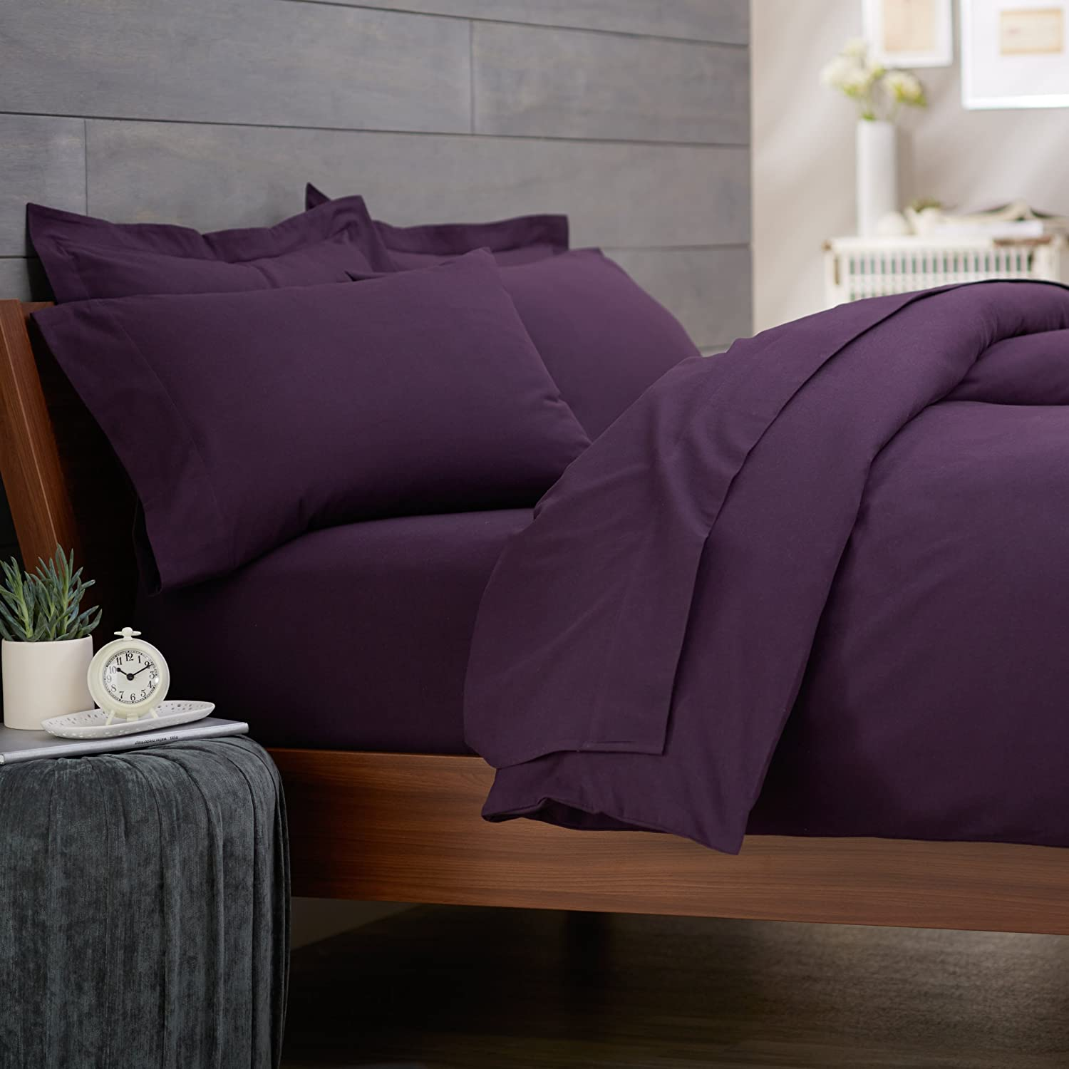 Top 10 Best Bedding Sets Table