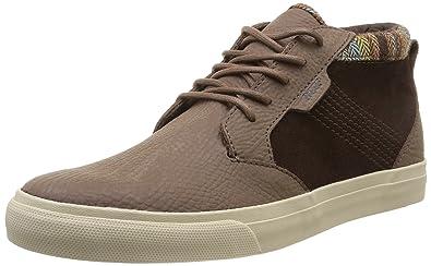 eb72c6e2e7 Amazon.com  Reef Outhaul Premium Shoe - Men s  Shoes