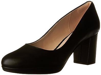 Clarks Women's Kelda Hope Black Leather Shoe