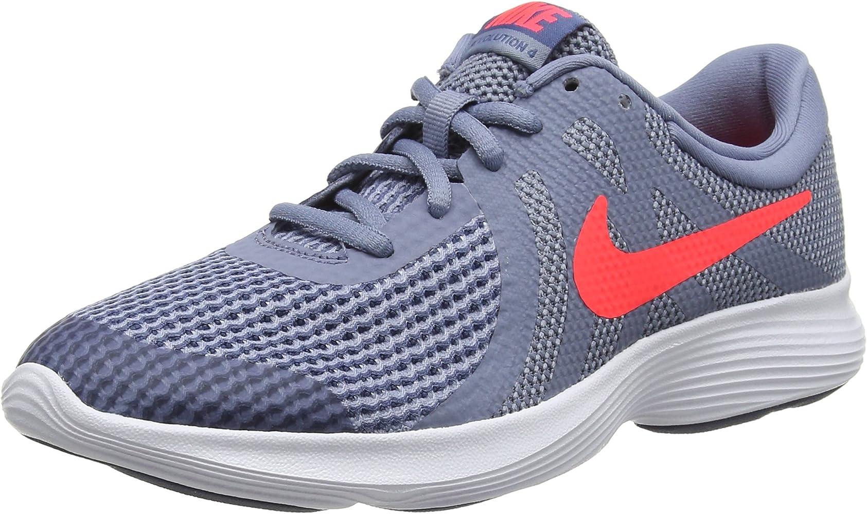 09f46fc7 Nike Revolution 4 (GS), Zapatillas de Running para Niños, Gris (Ashen