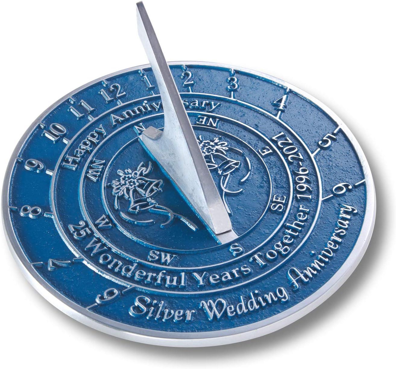The Metal Foundry Reloj de sol de plata 25 2021 para aniversario de boda, metal reciclado sólido, ideal para regalo para él, ella, padres, abuelos o pareja en 25 años de matrimonio.