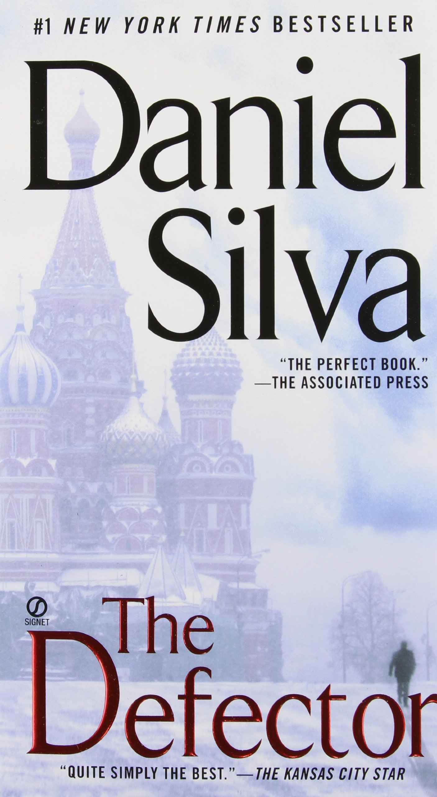 Amazon: The Defector (gabriel Allon) (9780451230669): Daniel Silva:  Books