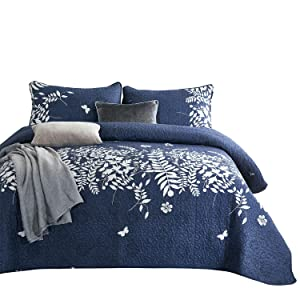Wake In Cloud - Navy Blue Quilt Set, Gray Grey Floral Flowers Tree Leaves Modern Pattern Printed, Soft Microfiber Bedspread Coverlet Bedding (3pcs, King Size)