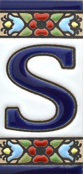 """Image ofLetreros con numeros y letras en azulejo de ceramica, pintados a mano en técnica cuerda seca para nombres y direcciones. Texto personalizable. Diseño FLORES MINI 7,3 cm x 3,5 cm. (LETRA """"S"""")"""