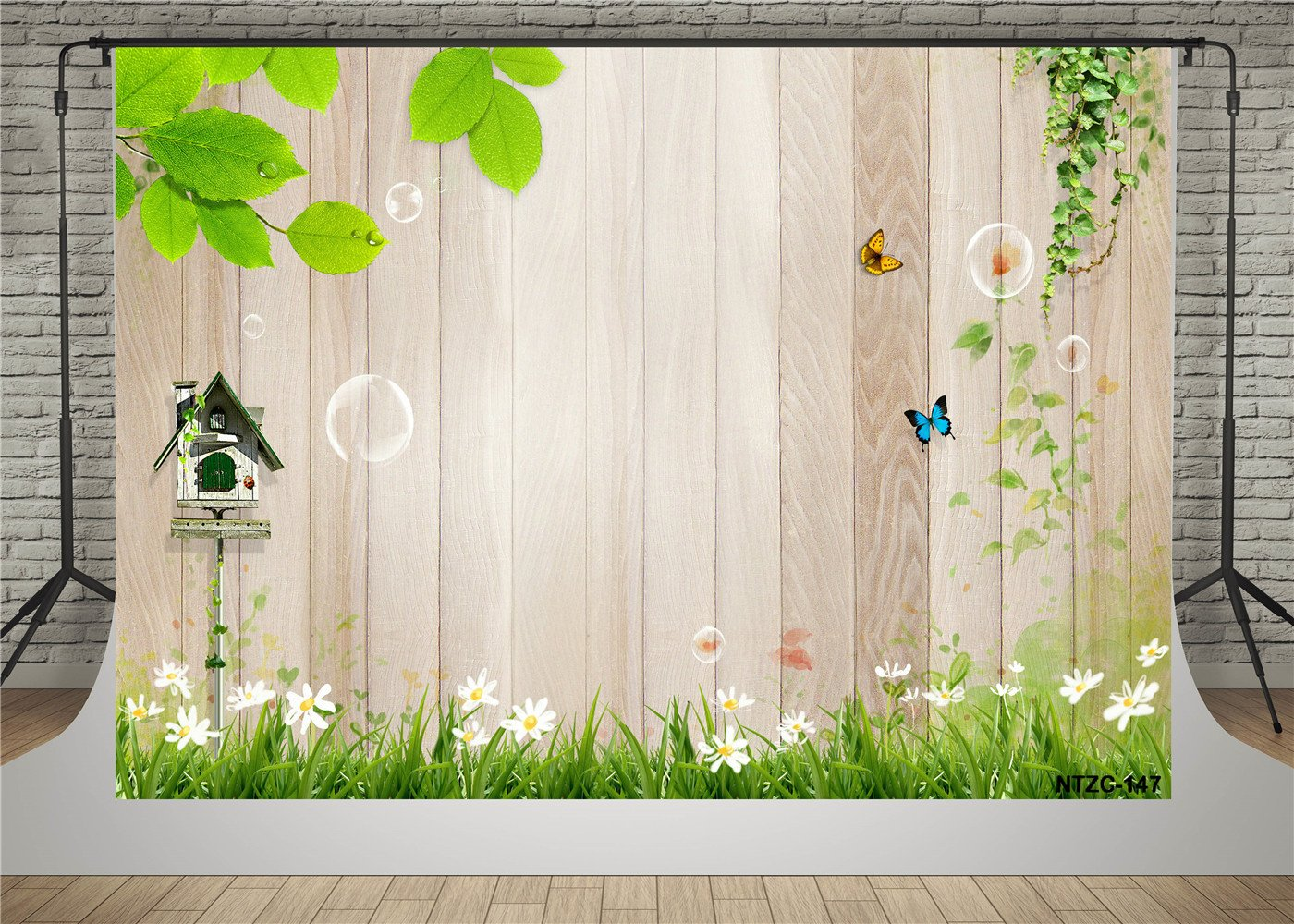 Amazon.com : SUSU 7x5ft/2.2x1.5m Vintage Wood Photography Backdrops Green Grass Photo Background Wooden Wall Photo Booth Wrinkles Free : Camera & Photo