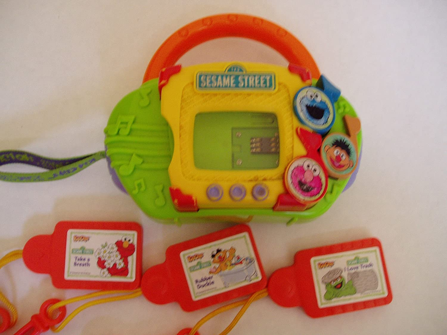 SESAME STREET KIDCLIPS MUSIC PLAYER Hasbro