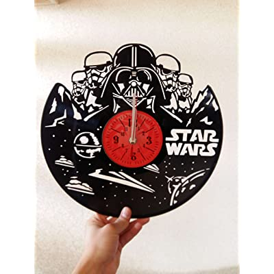 STAR WARS Handmade Vinyl Record Wall Clock - Get unique home room wall decor - Gift ideas for parents, teens – Epic Movie Unique Modern Art: Home & Kitchen