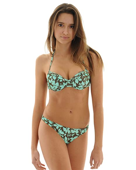 fe2cc8f6756 Amazon.com  Raisins Juniors 2 Piece Push Up Halter Bikini Underwire Bathing  Suit Floral Sizes  Medium  Clothing