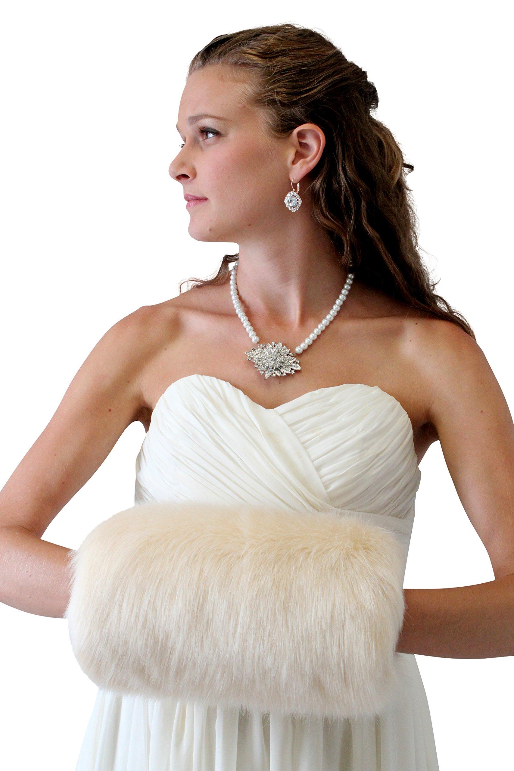 Tion Design Women's Bridal Fur Hand muff, Champagne Wedding Fur Hand Muff L by Tion Design  (Image #3)