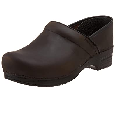 c32188e2e2e7 Dansko Women s Oiled and Box Professional Clogs