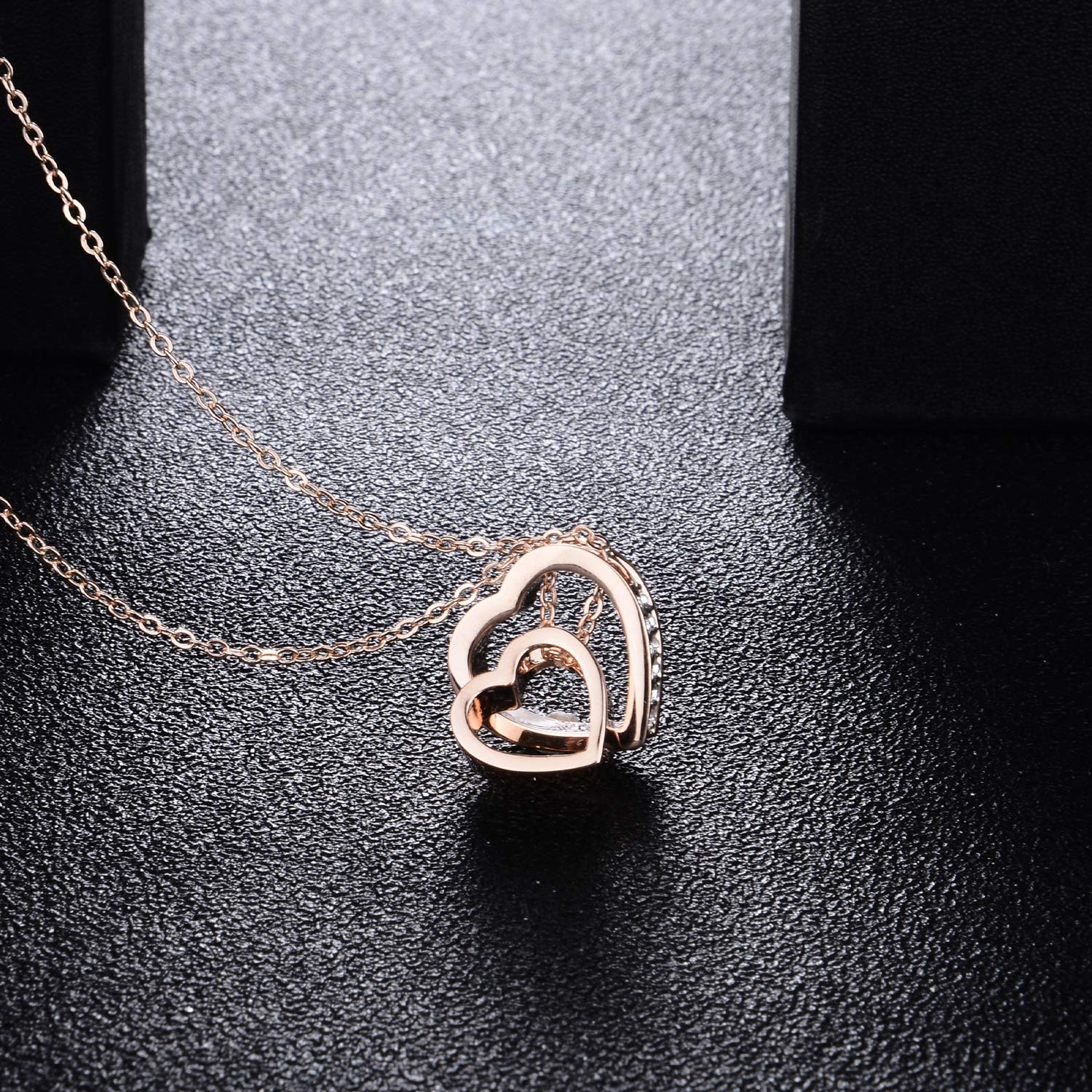 Jewellery for Women Love Heart Shaped Necklace Gift for Women Pendant Necklace for Her, Gifts for Her White Elegant Jewellery Gift Box