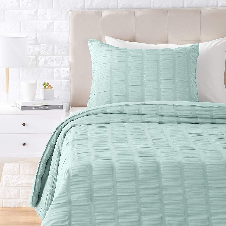 AmazonBasics Seersucker Comforter Set - Premium, Soft, Easy-Wash Microfiber - Twin/Twin XL,Sea Foam Green