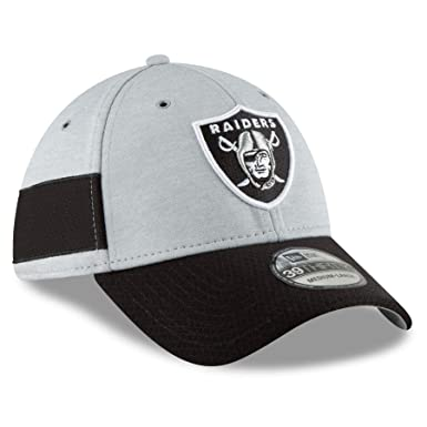 New Era Men s Oakland Raiders 2018 NFL On Field Sideline Hat  Black White Silver 19be01d04df
