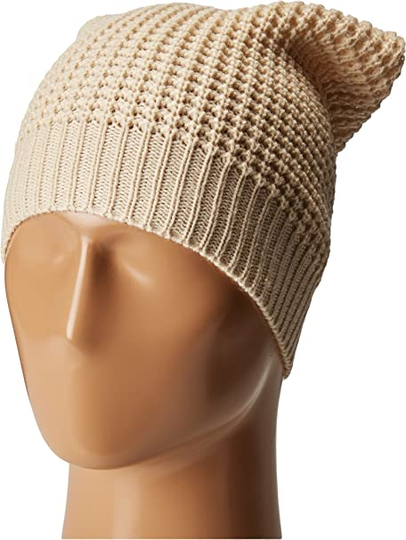 2c52f0a9d9a Hat Attack Women s Waffle Knit Beanie Oat Hat  Amazon.ca  Clothing    Accessories