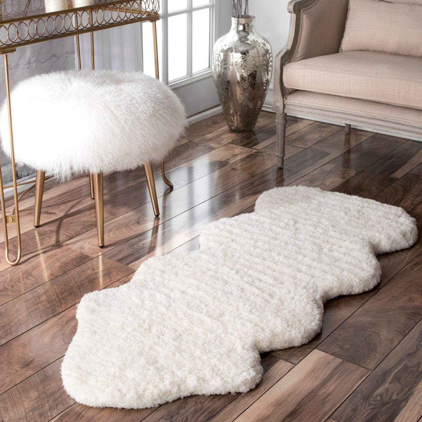 nuLOOM 200HCSOH-2045 Hand-Tufted Faux Sheepskin One and A Half Piece Natural Shag Rug (2-Feet X 4-Feet 5)