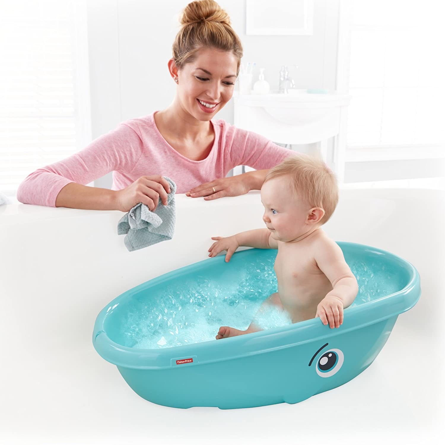 Amazon.com: Fisher-Price Whale of a Tub Bathtub: Kitchen & Dining