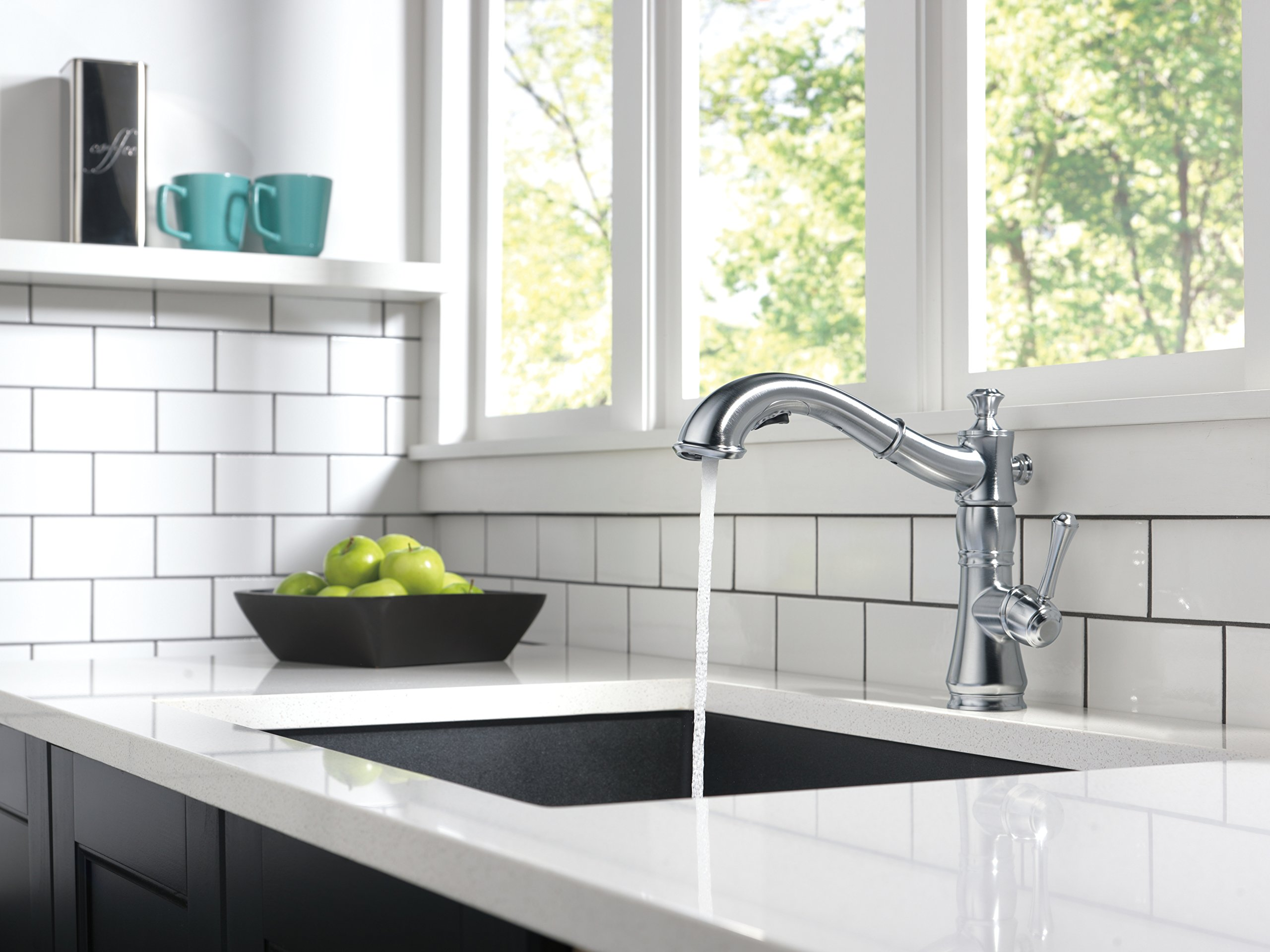 Delta Faucet 4197-AR-DST Cassidy Single Handle Pull-Out Kitchen Faucet, Arctic Stainless
