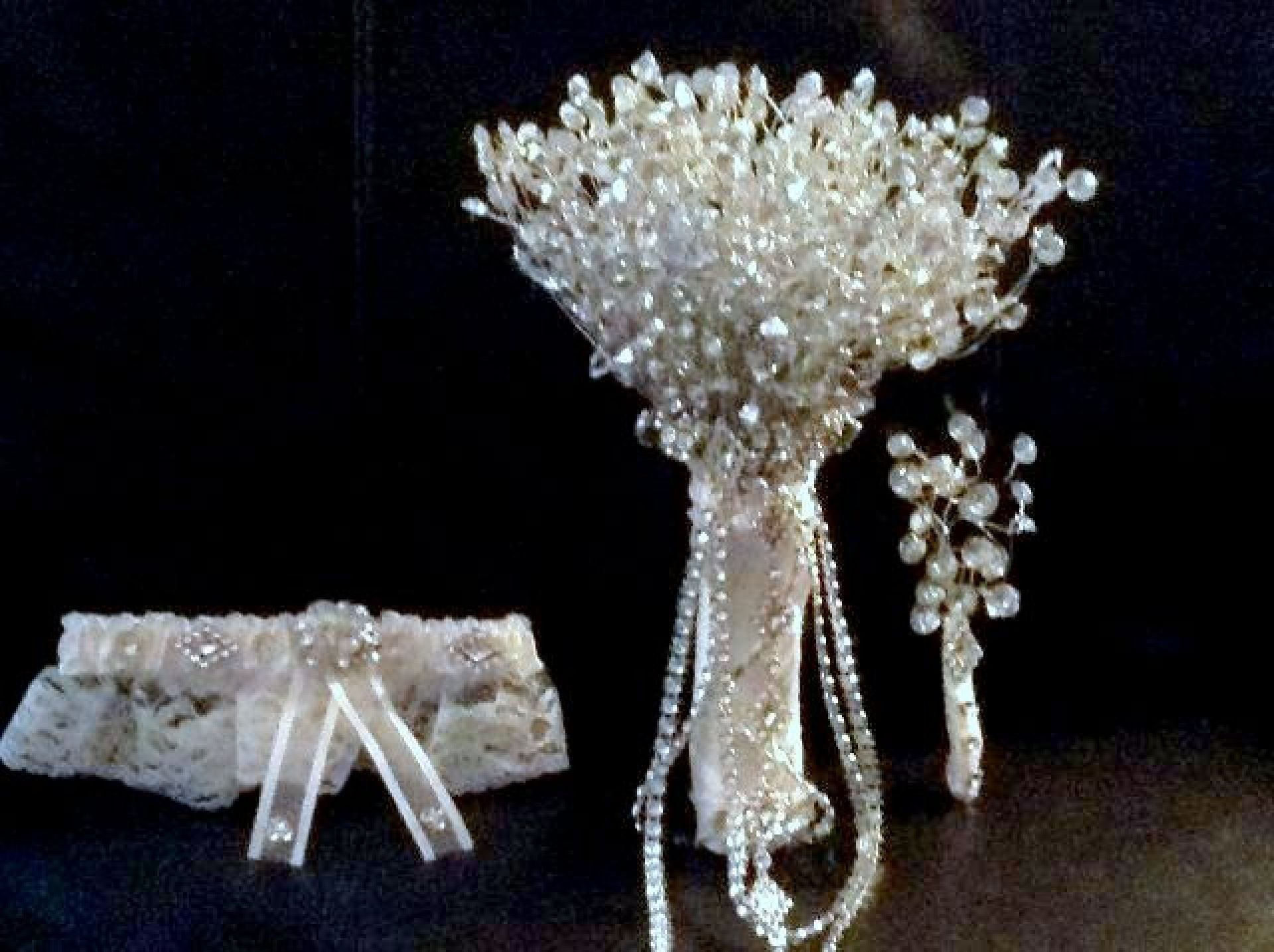 RHINESTONE WEDDING BOUQUET, GROOM'S BOUTONNIERE, GARTER BELT, BRIDAL BOUQUET 3 PC SET