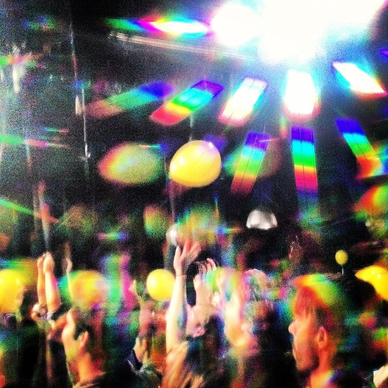 Amazon rainbow optx intense prism diffraction glasses matte amazon rainbow optx intense prism diffraction glasses matte black clothing negle Images