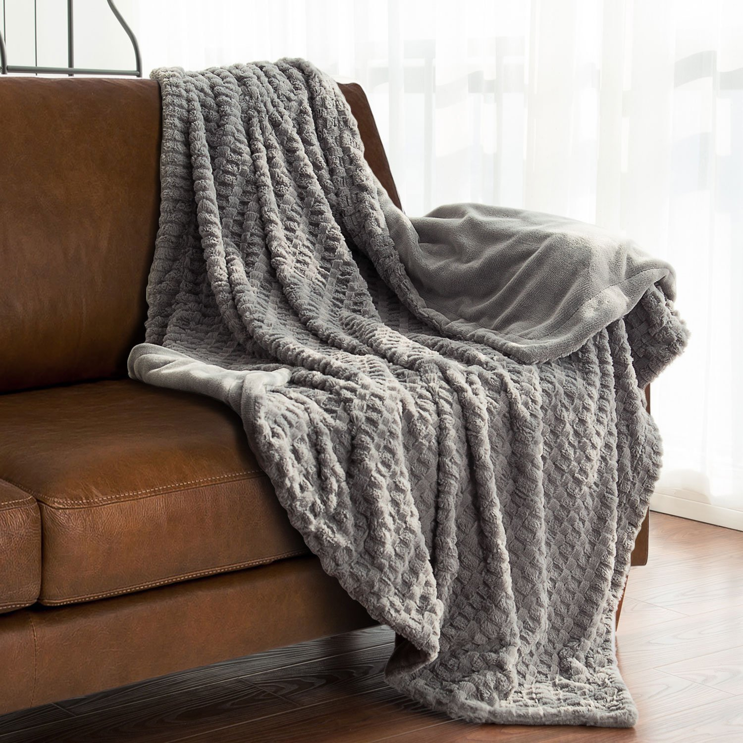 "Faux Fur Throw Blanket Fleece Bed Blanket 60""x80"" Solid Grey, Super Soft & Warm, Reversible with Flannel"