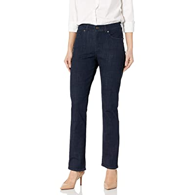 Levi's Women's Classic Straight Jeans at Women's Jeans store