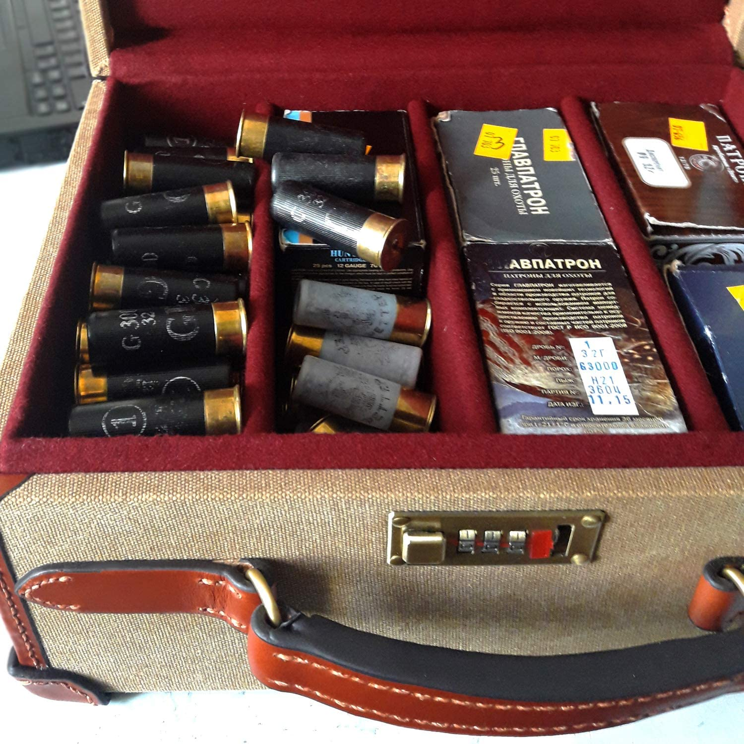 Tourbon Canvas and Leather Deluxe Shotshell Box Ammunition Carrier Ammo Storage Bullet Case - 200 Cartridges 71V1kJAwhrLSL1500_