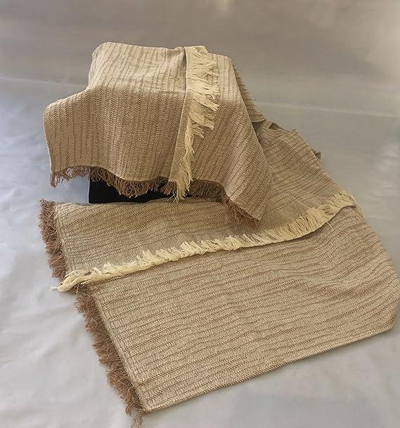 MONSERRAT COLCHAS Multiusos/Cubre Cama/Sobre Cama/Manta Liso para SOFÁ 2 PLAZAS O Cama 90-110cm (180 x 260 cm, Z-Omar Beige)