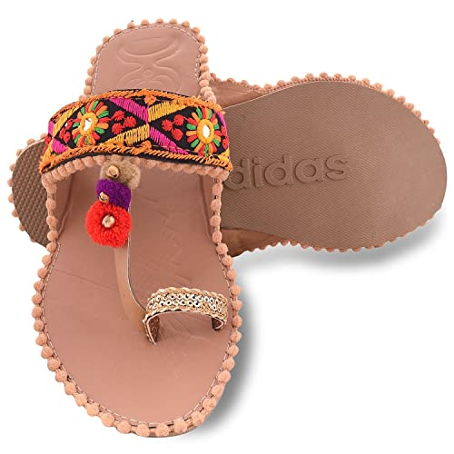 a91ba60574d Aurain Beige Synthetic Kolhapuri Chappal Slippers for Women  Buy Online at  Low Prices in India - Amazon.in
