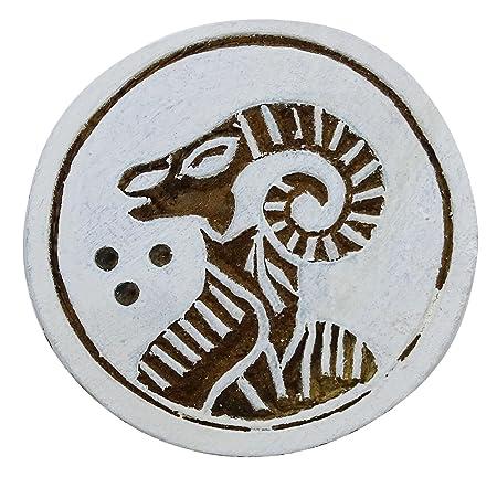 Madera Bloque de imprenta del zodiaco del aries de la mano tallada ...