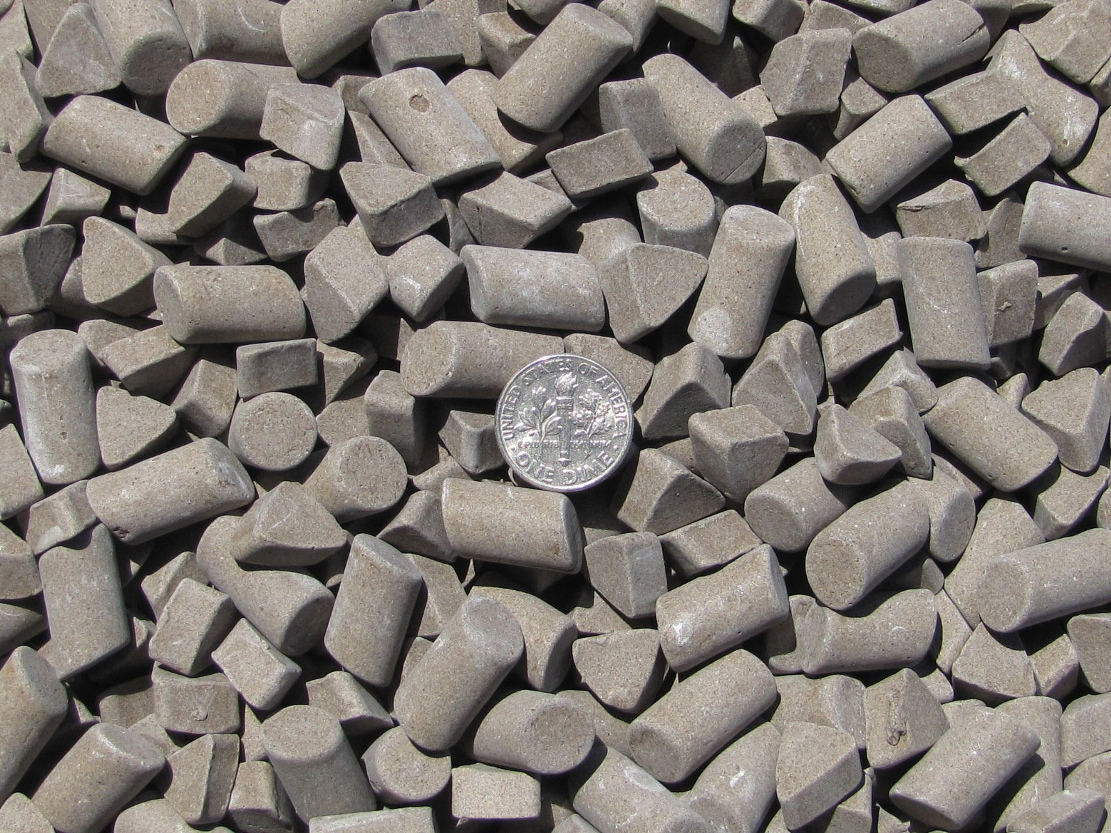 Ceramic Tumbling Media 12 Lbs. 3/8'' X 5/8'' Cylinder & 3/8'' X 1/4'' Triangle (DF) dense fast-cut – Brown – Abrasive Mixed Lapidary Rock Tumbler Tumble