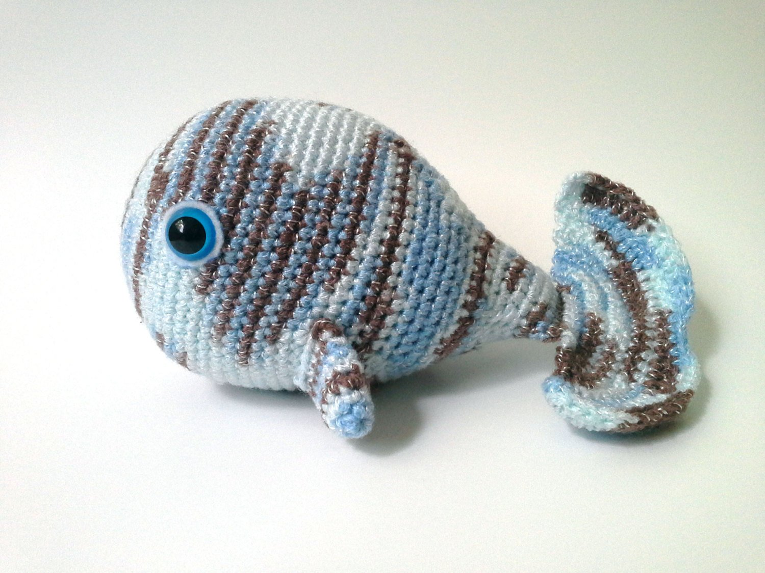 Sea Creatures to Crochet – free patterns – Grandmother's Pattern Book   1125x1500