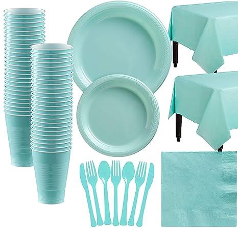 Amazon.com: Amscan - Vajilla de plástico para 50 invitados ...