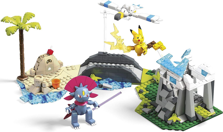 Amazon.com: Mega Construx Pokemon Tropical Frost Showdown: Toys ...