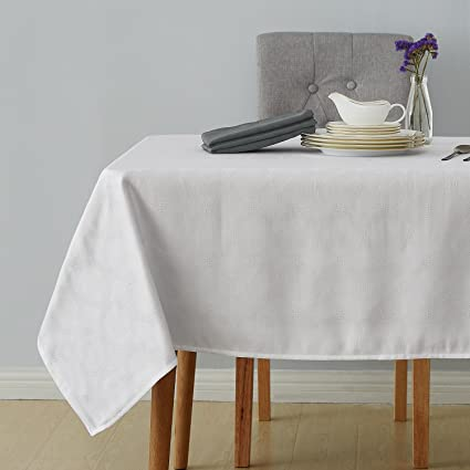 Attrayant Deconovo Decorative Jacquard Tablecloth With Round Patterns Wrinkle And  Water Resistant Spill Proof Rectangle Tablecloths