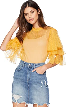 4d080bbfb55 Romeo   Juliet Couture Women s Ruffle Sleeve Mesh Top at Amazon ...