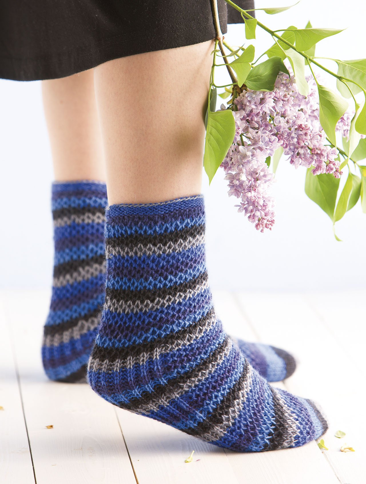 Knitting brioche stitch socks 14 easy patterns for tube socks knitting brioche stitch socks 14 easy patterns for tube socks barbara sander 8601406888784 amazon books bankloansurffo Gallery