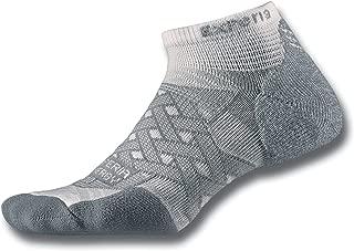 product image for Thorlos Experia Thorlo Energy Compression Running Low Cut Socks Sockshosiery, White, Small