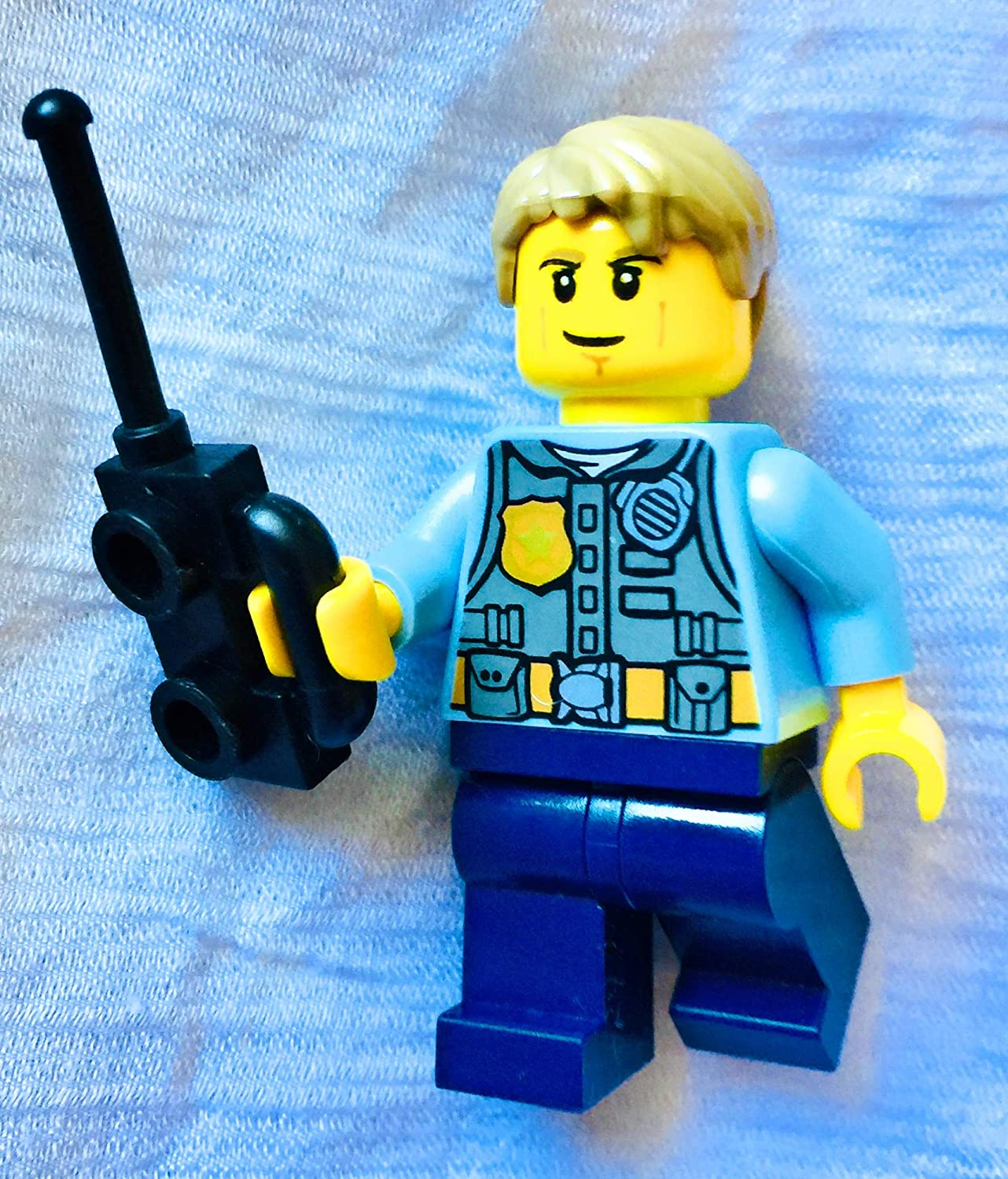 GENUINE LEGO CHASE MCCAIN MINIFIGURE POLICE COP 60007 CITY UNDERCOVER GAME