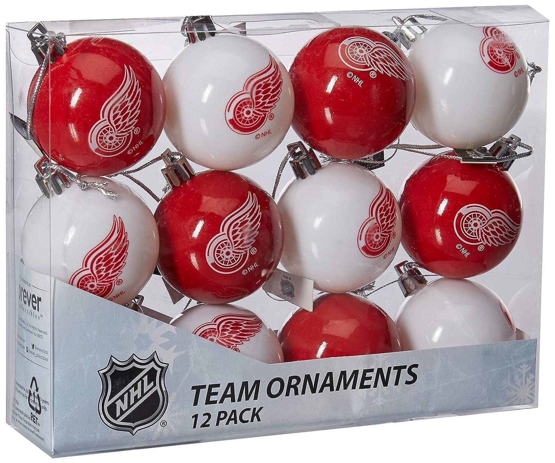31b2702f684af Amazon.com  NHL Ball Ornament (Set of 12) NHL Team  Chicago Blackhawks   Home   Kitchen